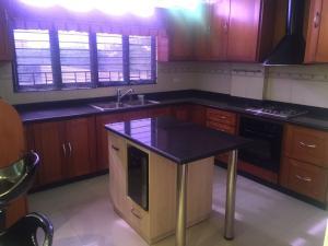 Apartamento En Venta En Maracaibo, Valle Frio, Venezuela, VE RAH: 16-15202