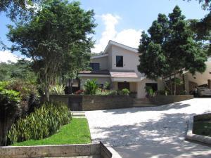 Casa En Venta En Valencia, Hato Royal, Venezuela, VE RAH: 16-15207