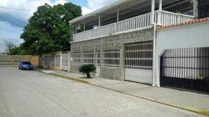 Casa En Venta En Palo Negro, El Orticeño, Venezuela, VE RAH: 16-15225