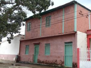 Casa En Venta En Valencia, La Isabelica, Venezuela, VE RAH: 16-15235