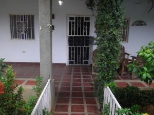 Casa En Venta En Maracaibo, Via La Concepcion, Venezuela, VE RAH: 16-15241