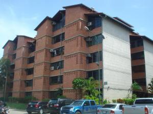 Apartamento En Venta En Guarenas, Nueva Casarapa, Venezuela, VE RAH: 16-15253