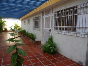 Casa En Venta En Maracaibo, Maracaibo, Venezuela, VE RAH: 16-15255