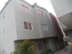 Apartamento En Venta En Maracaibo, Avenida Goajira, Venezuela, VE RAH: 16-15308