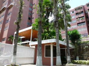 Apartamento En Venta En Caracas, La Alameda, Venezuela, VE RAH: 16-15303
