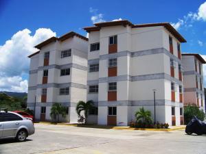 Apartamento En Venta En Guatire, Villa Avila, Venezuela, VE RAH: 16-15306