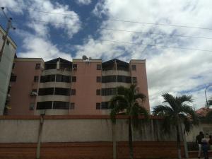 Apartamento En Venta En Valencia, Los Caobos, Venezuela, VE RAH: 16-15314