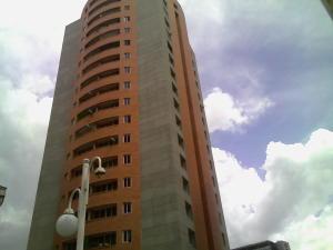 Apartamento En Venta En Valencia, San Jose De Tarbes, Venezuela, VE RAH: 16-15347