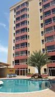 Apartamento En Venta En Puerto La Cruz, Puerto La Cruz, Venezuela, VE RAH: 16-15370