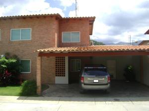Casa En Venta En Municipio San Diego, La Cumaca, Venezuela, VE RAH: 16-15378
