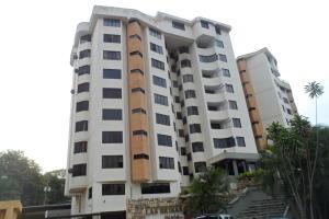 Apartamento En Venta En Valencia, Los Mangos, Venezuela, VE RAH: 16-15381