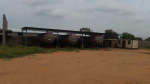 Terreno En Venta En Maracaibo, Zona Industrial Sur, Venezuela, VE RAH: 16-15404