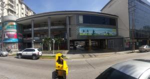 Oficina En Venta En Valencia, Avenida Bolivar Norte, Venezuela, VE RAH: 16-15411
