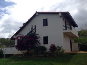 Casa En Venta En Cabudare, Parroquia Agua Viva, Venezuela, VE RAH: 16-5637