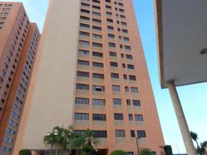 Apartamento En Venta En Maracaibo, Avenida Bella Vista, Venezuela, VE RAH: 16-3878
