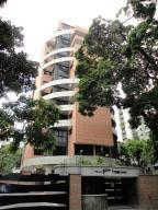 Apartamento En Venta En Caracas, El Rosal, Venezuela, VE RAH: 16-15434