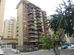Apartamento En Venta En Caracas, Santa Monica, Venezuela, VE RAH: 16-15436