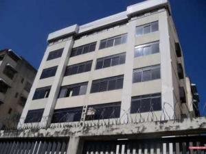 Apartamento En Venta En Caracas, El Marques, Venezuela, VE RAH: 16-15452