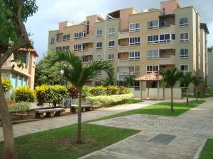 Apartamento En Venta En Municipio San Diego, Paso Real, Venezuela, VE RAH: 16-15450