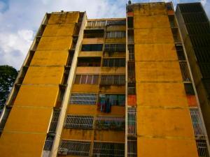 Apartamento En Venta En Valencia, Parque Valencia, Venezuela, VE RAH: 16-15458