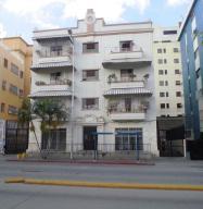 Apartamento En Venta En Caracas, Las Acacias, Venezuela, VE RAH: 16-15464