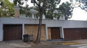 Casa En Venta En Caracas, La Floresta, Venezuela, VE RAH: 16-15470