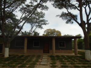 Casa En Venta En Municipio Bejuma, Bejuma, Venezuela, VE RAH: 16-15641