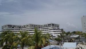 Apartamento En Venta En Tucacas, Tucacas, Venezuela, VE RAH: 16-15479