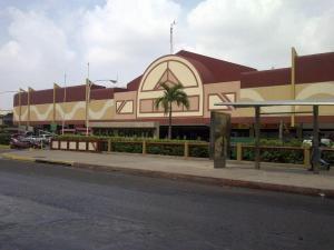 Local Comercial En Venta En Maracaibo, Centro, Venezuela, VE RAH: 16-15498