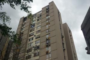 Apartamento En Venta En Municipio Naguanagua, Casco Central, Venezuela, VE RAH: 16-15503