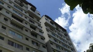 Apartamento En Venta En Caracas, La Florida, Venezuela, VE RAH: 16-15508