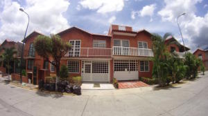 Townhouse En Venta En Guatire, El Castillejo, Venezuela, VE RAH: 16-15541