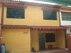 Townhouse En Venta En Municipio Naguanagua, La Granja, Venezuela, VE RAH: 15-5741