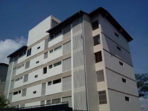 Apartamento En Venta En Caracas, Santa Ines, Venezuela, VE RAH: 16-15554