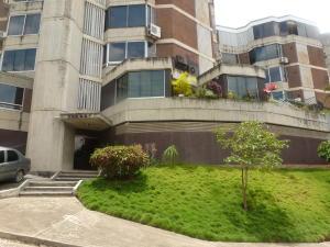 Apartamento En Venta En Caracas, Lomas De Las Mercedes, Venezuela, VE RAH: 16-15594