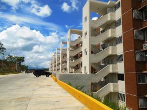Apartamento En Venta En Charallave, Vista Real, Venezuela, VE RAH: 16-15610