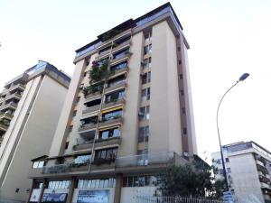 Apartamento En Venta En Caracas, Valle Abajo, Venezuela, VE RAH: 16-15592