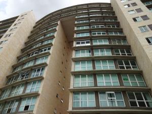 Apartamento En Venta En Caracas, El Rosal, Venezuela, VE RAH: 16-15596