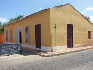 Casa En Venta En Coro, Zona Colonial, Venezuela, VE RAH: 16-15608