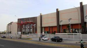 Local Comercial En Alquiler En Maracaibo, Las Delicias, Venezuela, VE RAH: 16-15611