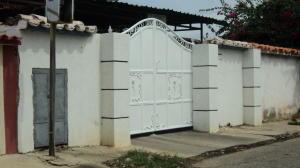 Casa En Venta En Cabimas, Ambrosio, Venezuela, VE RAH: 16-15630