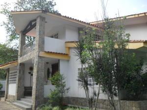 Casa En Venta En Maracay, Lomas De Palmarito, Venezuela, VE RAH: 16-15631