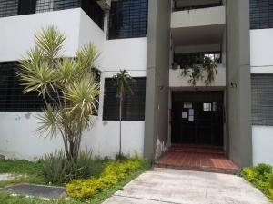 Apartamento En Venta En Valencia, Parque Valencia, Venezuela, VE RAH: 16-16139