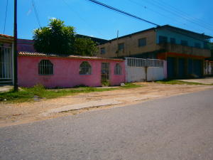 Terreno En Venta En Municipio Libertador, Parroquia Tocuyito, Venezuela, VE RAH: 16-15671