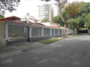 Casa En Venta En Caracas - La Floresta Código FLEX: 16-15797 No.1