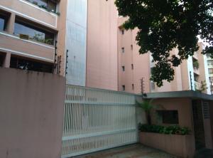 Apartamento En Venta En Caracas, La Tahona, Venezuela, VE RAH: 16-15677