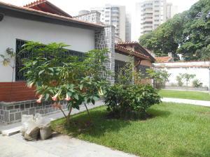Casa En Venta En Caracas - La Floresta Código FLEX: 16-15797 No.5