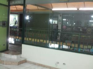 Local Comercial En Alquiler En Valencia, Avenida Bolivar Norte, Venezuela, VE RAH: 16-15691