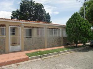 Casa En Venta En San Joaquin, San Bernardo, Venezuela, VE RAH: 16-15888