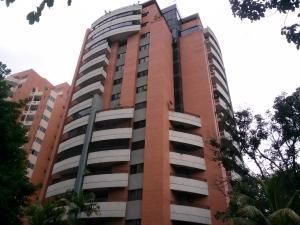 Apartamento En Venta En Valencia, La Trigaleña, Venezuela, VE RAH: 16-15704